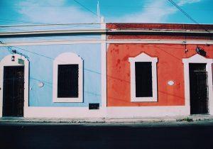 bleu blanc rouge De si jolies couleurs dans les rueshellip