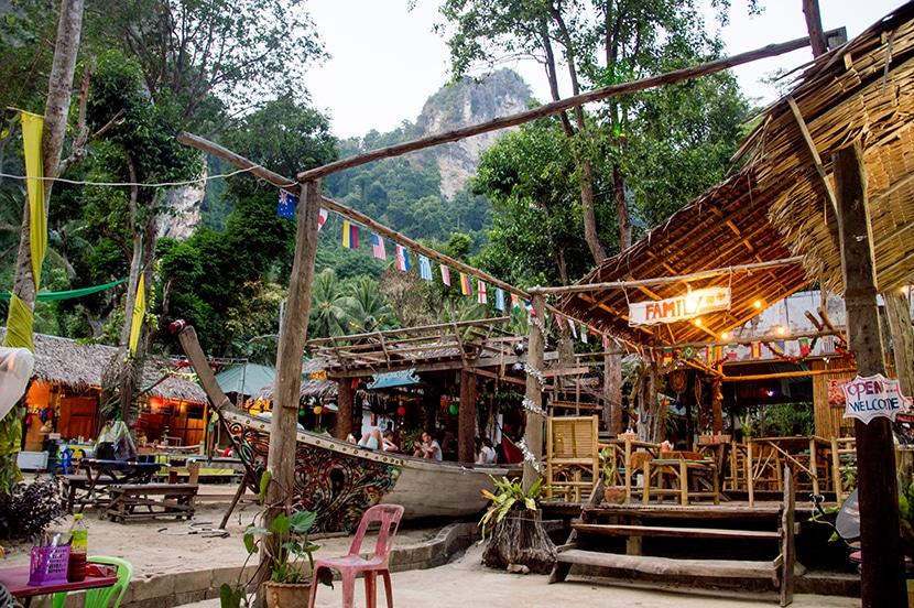 chill out bar tonsai beach