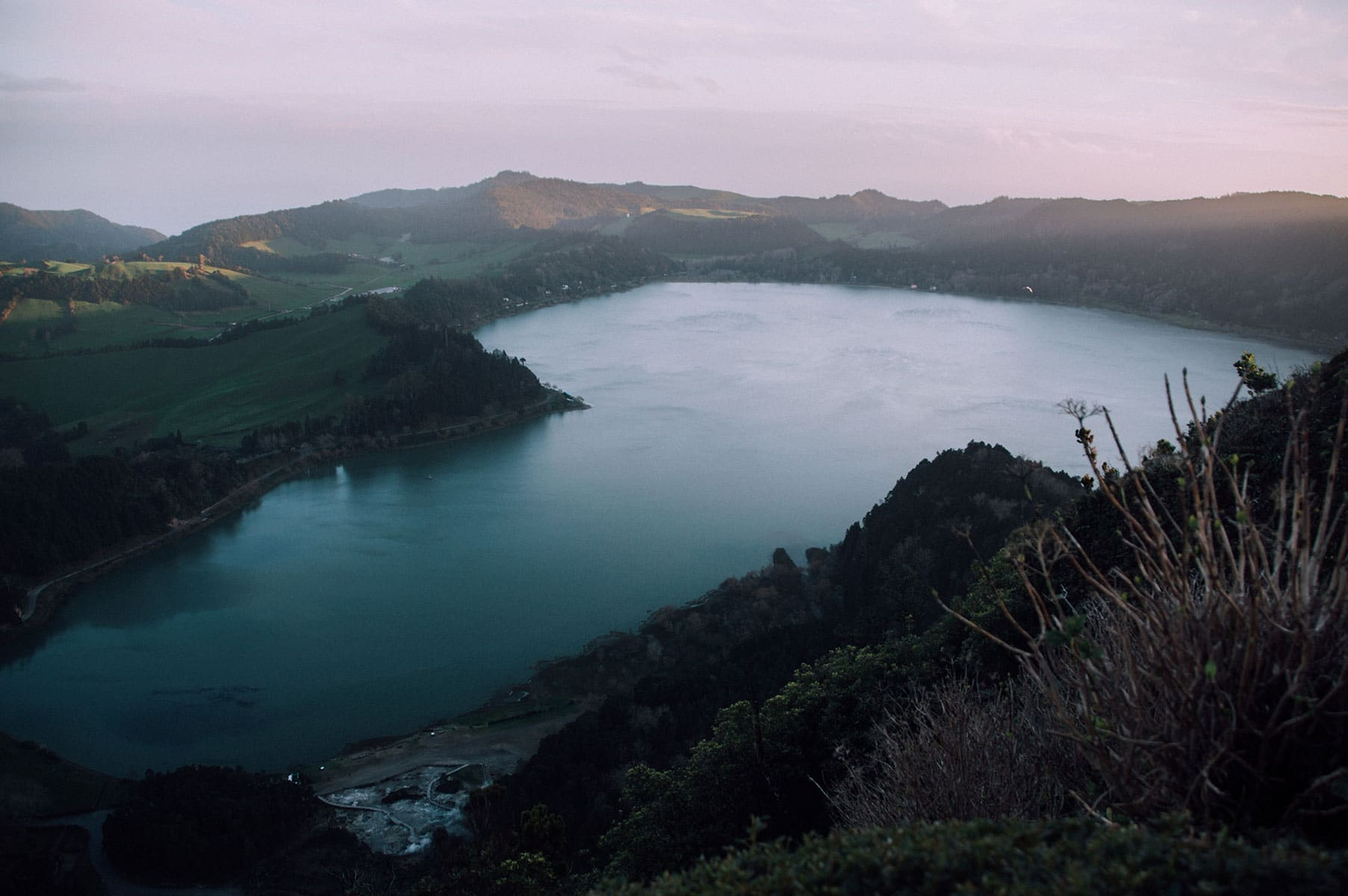 lago das furnas miradouro